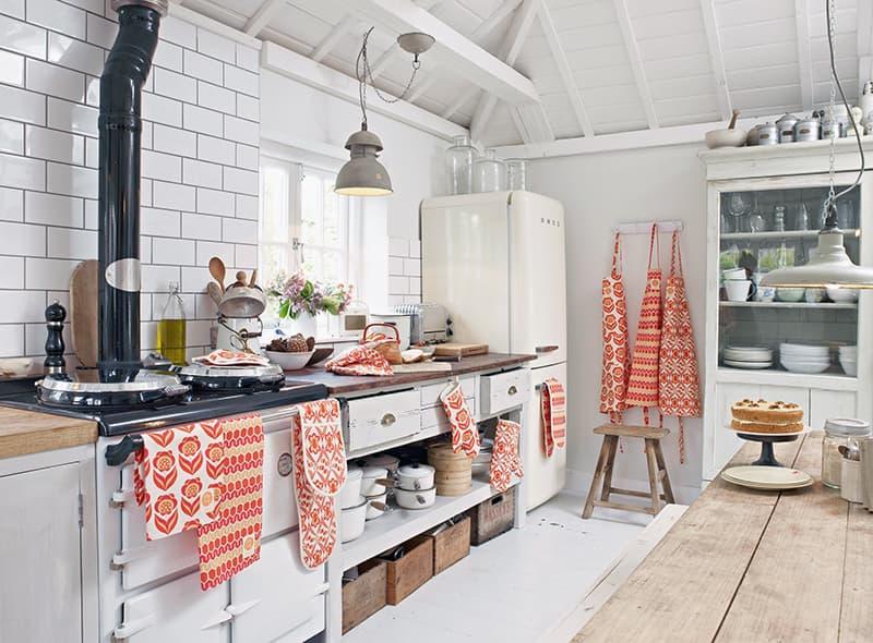 Украшение кухни посредством текстильных элементов