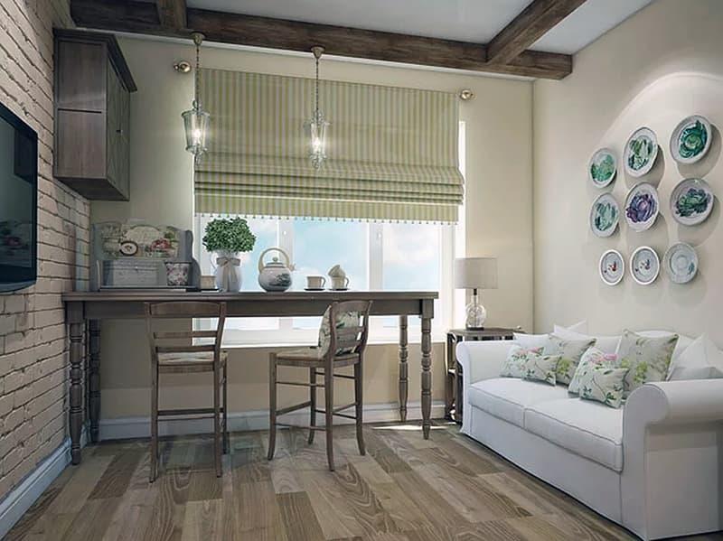 Прикраса стіни квартири тарілками