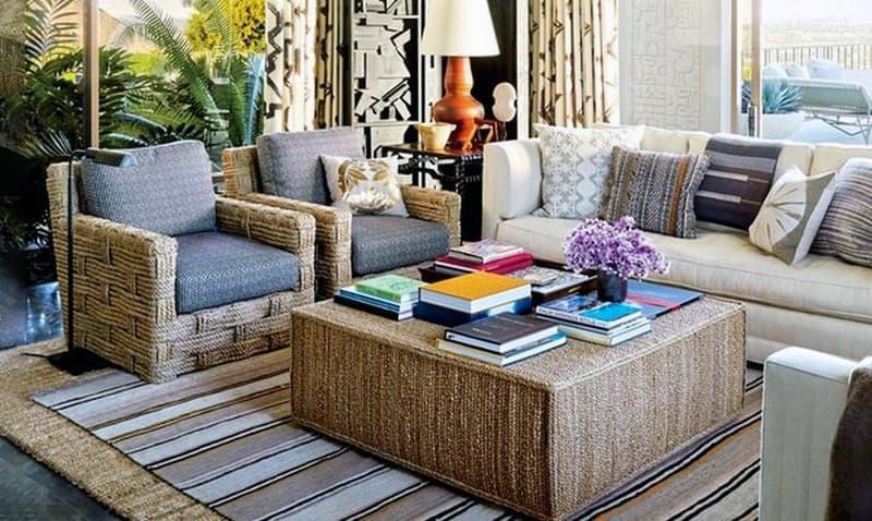 Уютная комната с использованием ковров