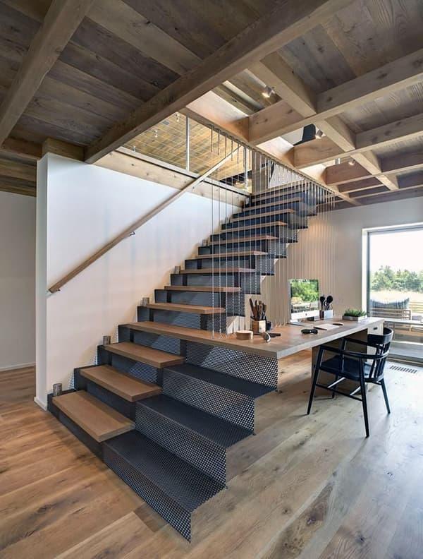 Лестница в стиле лофт в интерьере