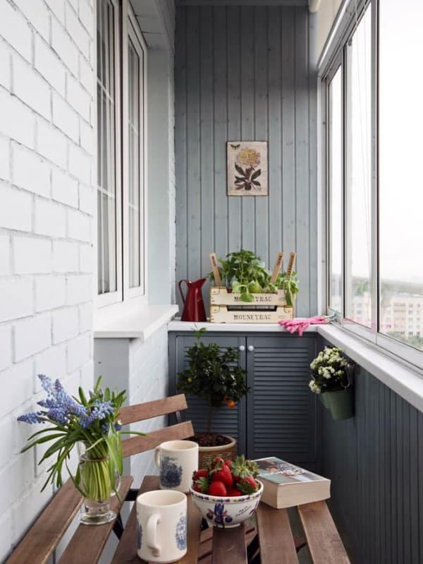 Материалы для отделки балкона