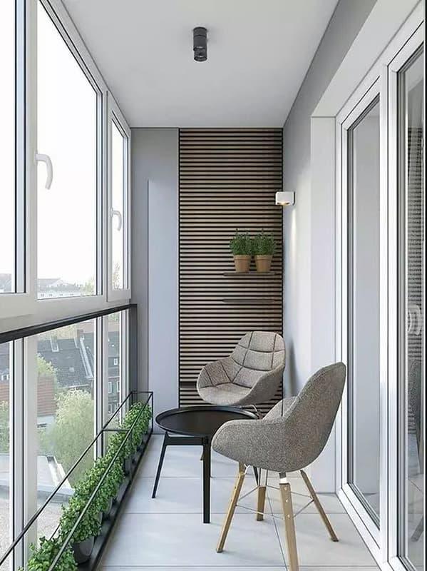 Мінімалізм інтер'єру невеликого балкона