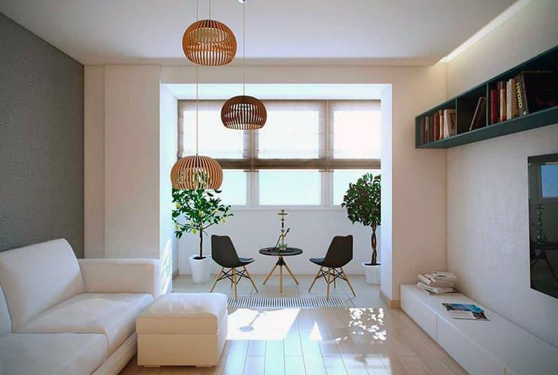 Объединение гостинной комнаты и балкона квартиры