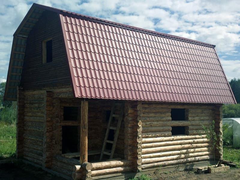 Оздоблення даху лазні