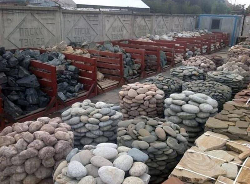 Подготовка материала для изготовления забора из камня