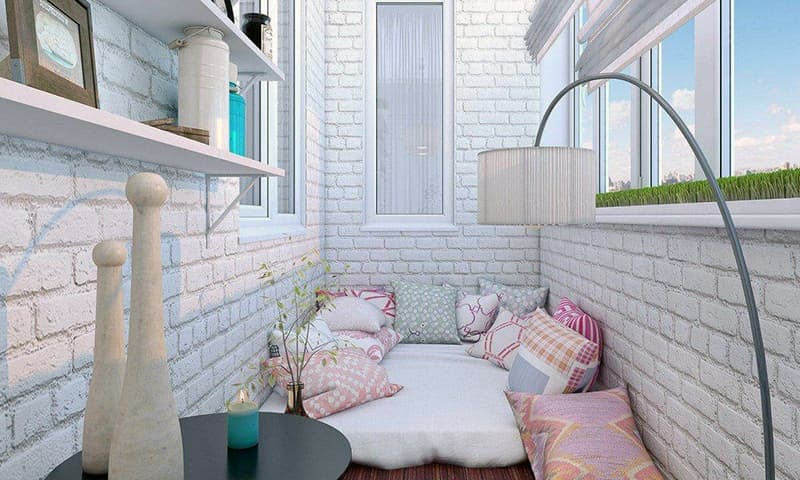 Пример оформления интерьера балкона