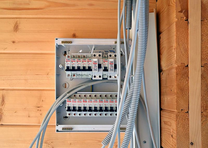 Установка комунікаційних елементів в лазні