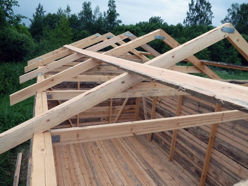 Двухскатная крыша для курятника