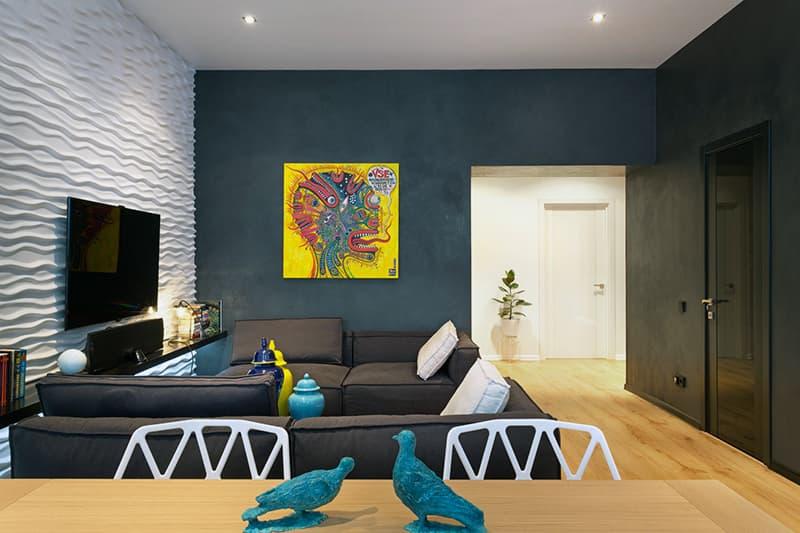 Тонирование краски для стен в гостиной
