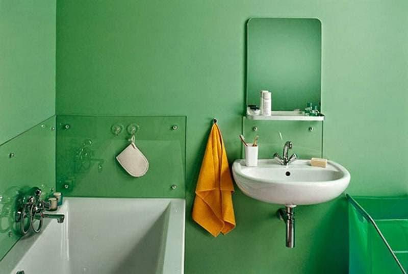 Ванная комната в зеленых тонах