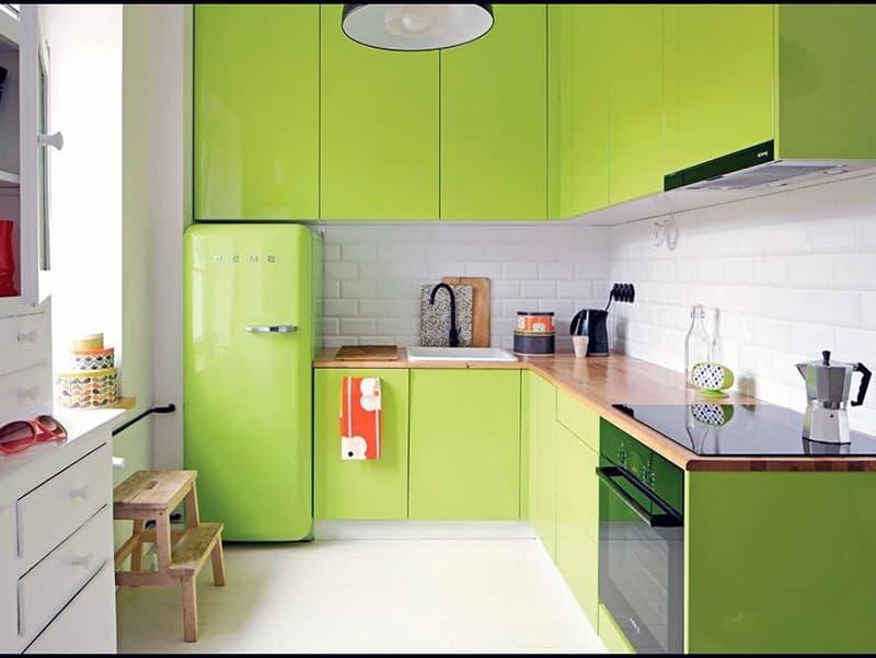 Оформление кухни в зеленых цветах
