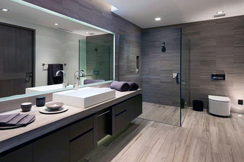 Имитация древесины в ванной комнате