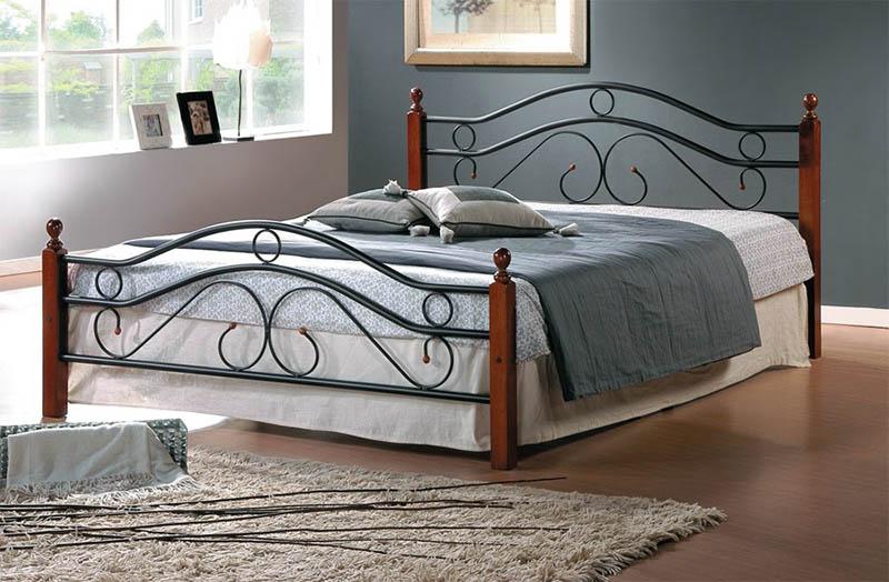 Ліжко з металу і дерева для спальні