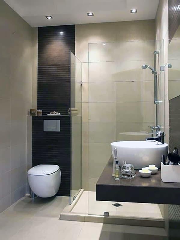 Подвесные умывальники и унитазы в ванной комнате
