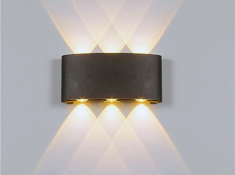 Світильник з декількома лампами для кімнати
